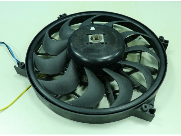 Controlled  motor of  cooling fan